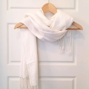 Off white coloured scarf